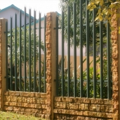 Concrete Brick with Steel Inserts by Country Wide Walling 1