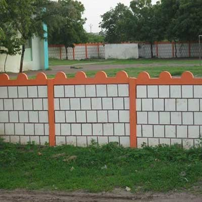 low boundary wall